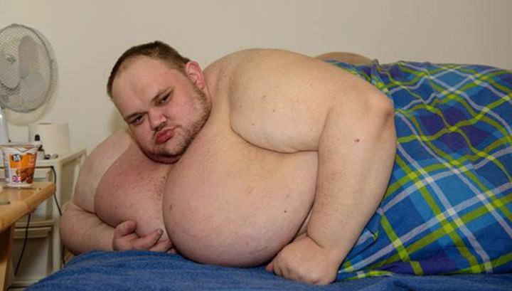 kövér ember, hogyan lehet lefogyni enni kevesebb zsírt, hogy lefogy