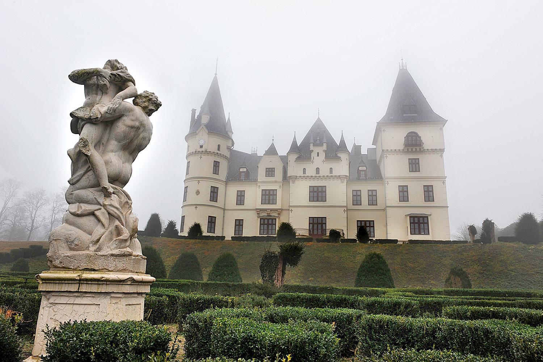 fogyás kastély